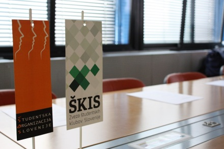 business_communication_skis